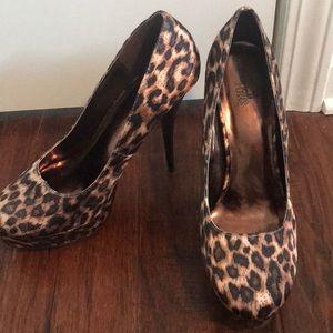"""Leopard Pumps 6"""" Heel"""